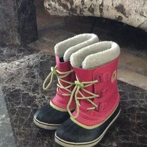 Sorel Girls Winter Boots Sz 1Y